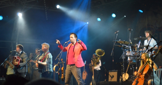 Bellowhead 84
