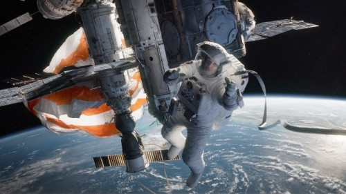 Gravity-Movie-Space-2013-640x360