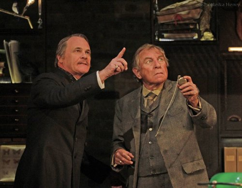 David-Rintoul-as-Sir-Alexander-Wengrave-and-Geoffrey-Freshwater-as-Ralph-Trapdoor,large