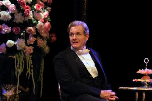 0579_Robert_Bathurst__Sir_Robert_Chiltern_Bart__in_An_Ideal_Husband._Photo_by_Catherine_Ashmore_5476137d2210f