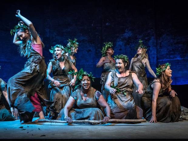 death of pentheus in bacchae