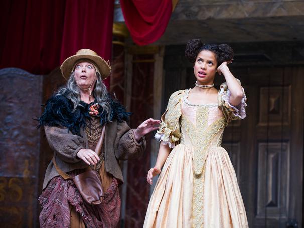 Sarah Woodward (Ma Gwynn) and Gugu Mbatha-Raw (Nell Gwynn) in Nell Gwynn by Jessica Swale @ Shakespeare's Globe. Directed by Christopher Luscombe. (Opening 24-09-15) ©Tristram Kenton 09/15 (3 Raveley Street, LONDON NW5 2HX TEL 0207 267 5550 Mob 07973 617 355)email: tristram@tristramkenton.com