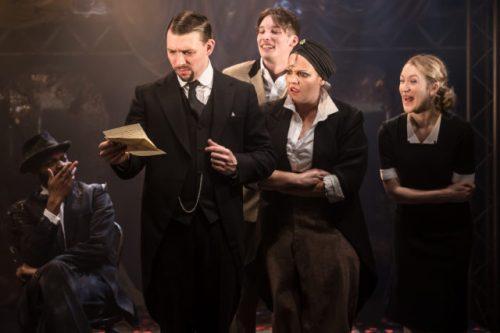 Twelfth-Night.-The-Watermill-Theatre.-Photo-credit-Scott-Rylander-027-640x427
