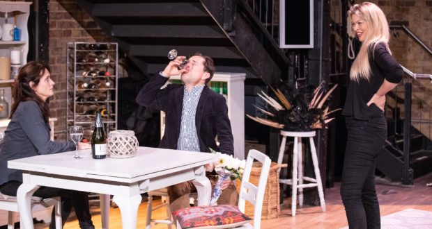 People-Like-Us-Union-Theatre-Courtesy-of-Paul-Nicholas-Dyke-8-Sarah-Toogood-Paul-Giddings-Gemma-Germaine-620x330