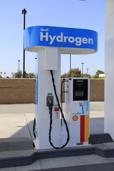 Hydrogen fueling station hydrogen pump, Shell Hydrogen