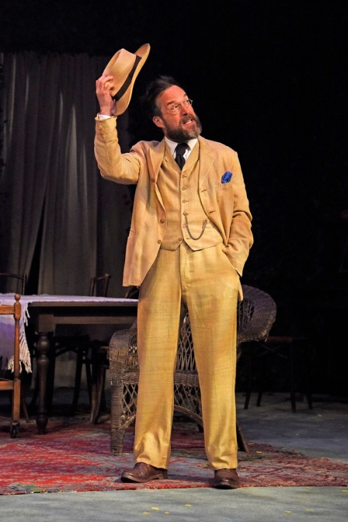 tn-500_john-light-in-uncle-vanya-at-theatre-royal-bath.-credit-nobby-clark