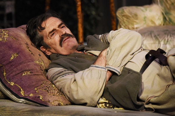 tn-500_rupert-everett-in-uncle-vanya-at-theatre-royal-bath.-credit-nobby-clark