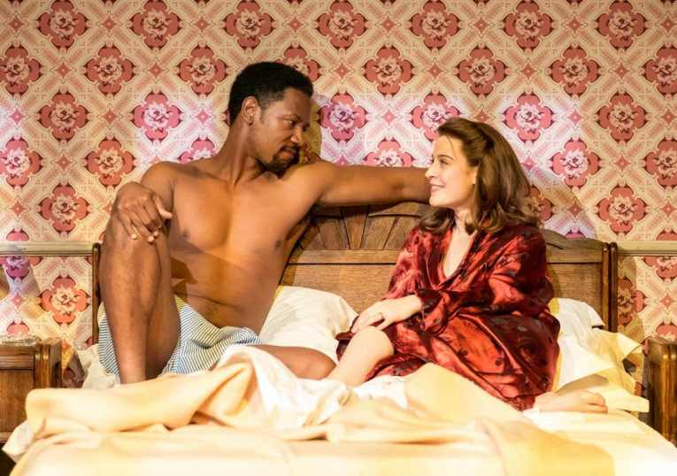tory-kittles-as-paul-robeson-emma-paetz-as-uta-hagen-in-8-hotels-at-chichester-festival-theatre-photo-manuel-harlan-045