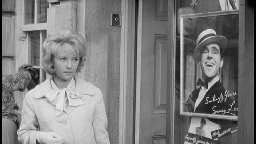 Julia Foster - The Small World of Sammy Lee (1963) Peep Show 2